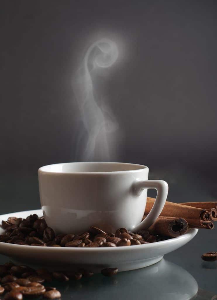 Relato la taza de caf for Tazas cafeteria